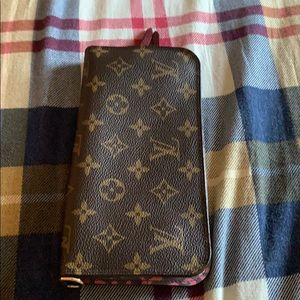 Louis Vuitton Insol Wallet in Monogram